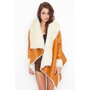 UNIF Chelsea Shearling Coat Medium Camel